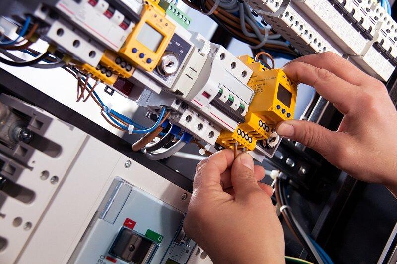 Consejos para el Mantenimiento de Instalaciones Eléctricas